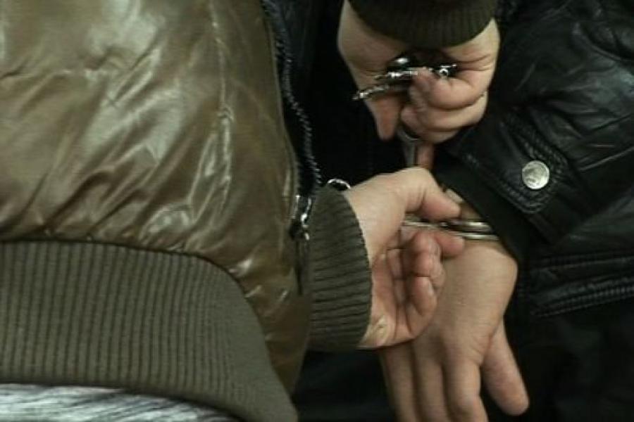 Воры украли незаконно хранившееся в доме оружие