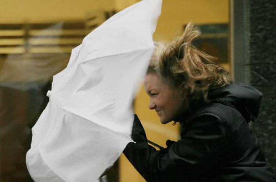 ГУ МЧС предупреждает о большем усилении ветра, чем ожидалось ранее