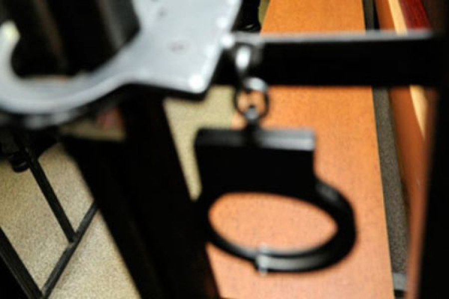 Грабитель, угрожавший ножом водителю автобуса, задержан в Торжокском районе