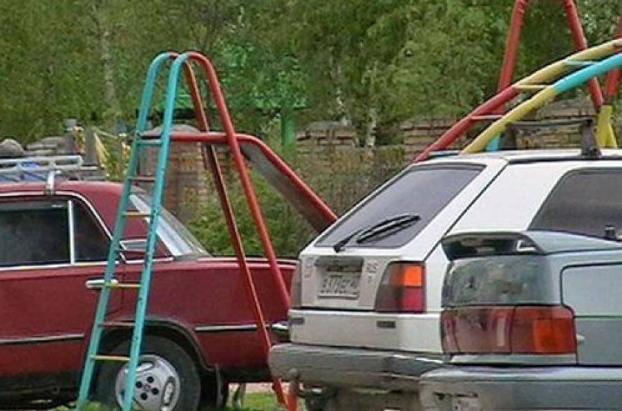 За незаконную парковку — штраф 1,5 тысячи рублей