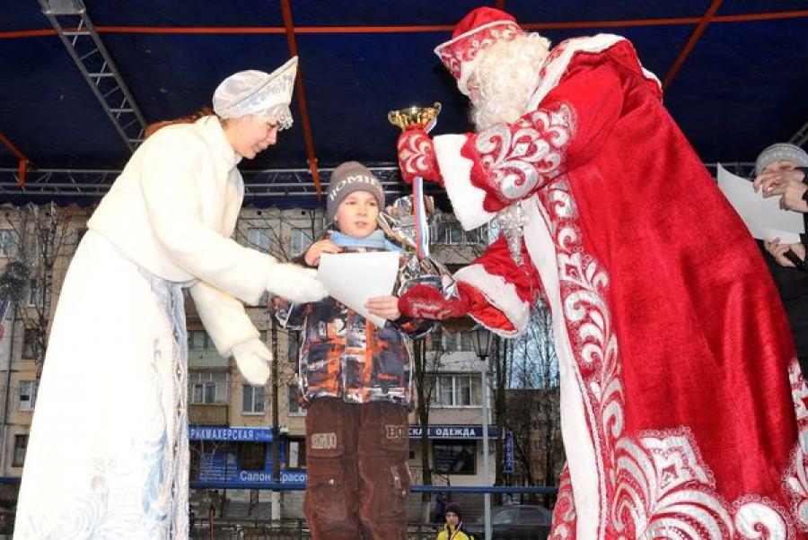 К конаковцам уже приехали Дед Мороз и Снегурочка