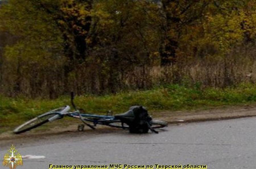 Велосипедист погиб при столкновении с «семеркой»