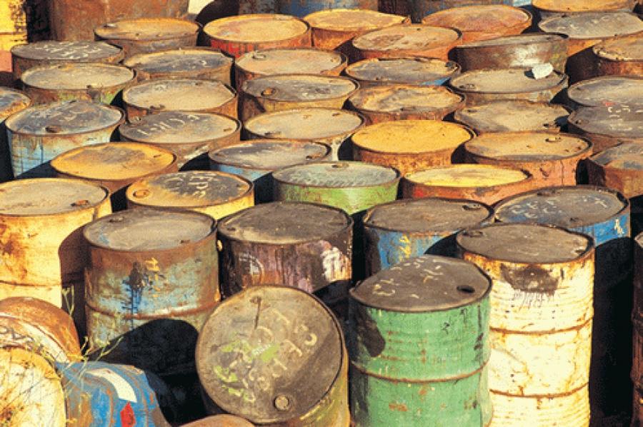 Вынесен приговор ржевитянину, организовавшему незаконное складирование 100 тонн нефтесодержащих отходов