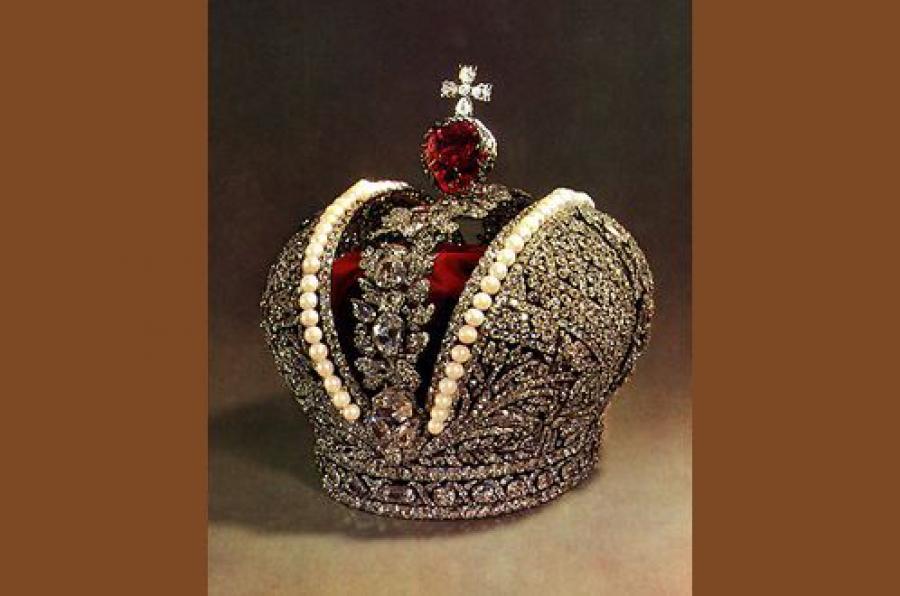 Уникальную реплику Короны Российской Империи покажут жителям Твери