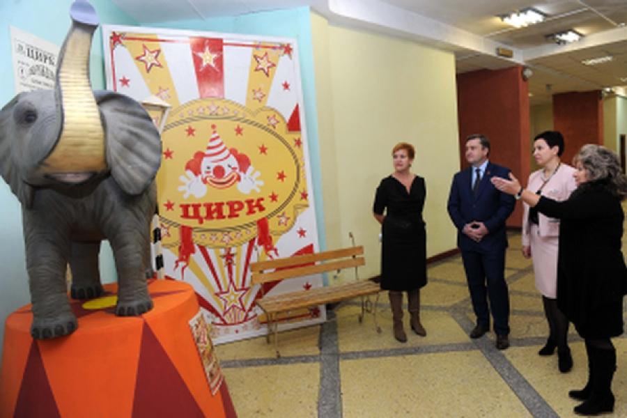 В год 90-летия Тверского цирка с представителями цирковых коллективов встретился губернатор