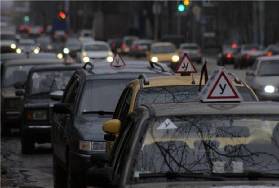 Рейд «Учебный автомобиль» выявил «автолидера» по нарушениям ПДД