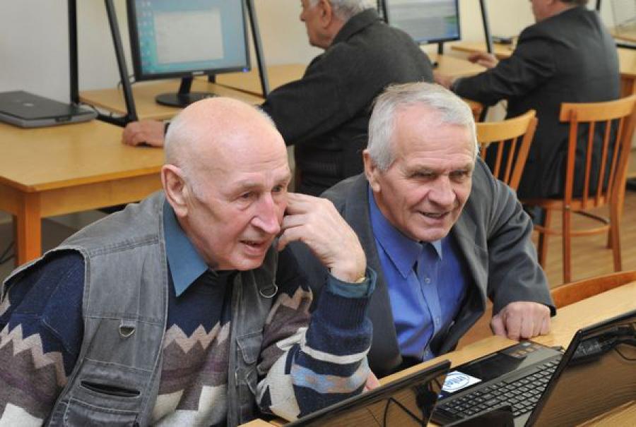Успех Тверского региона в программе «Бабушка и дедушка онлайн» отмечен на конкурсе
