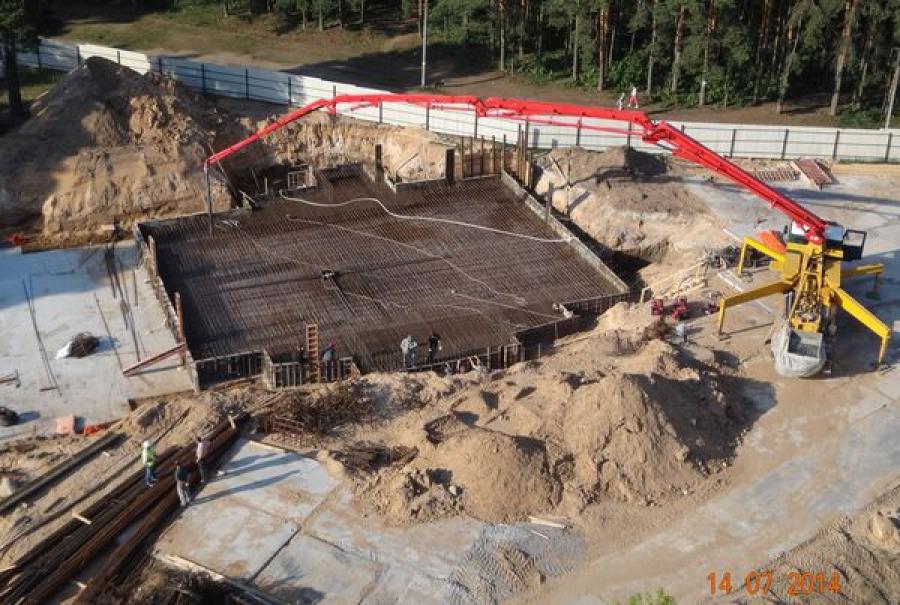 Застройщику района Бобачевской рощи приставы вручили требование о запрете на строительство