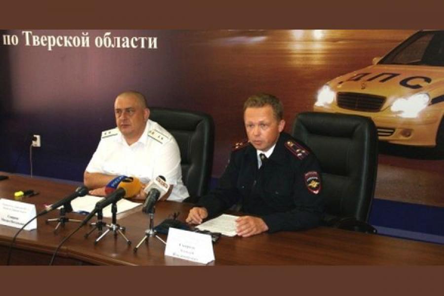 Судебные приставы и сотрудники ГИБДД вместе взыскивают штрафы у должников