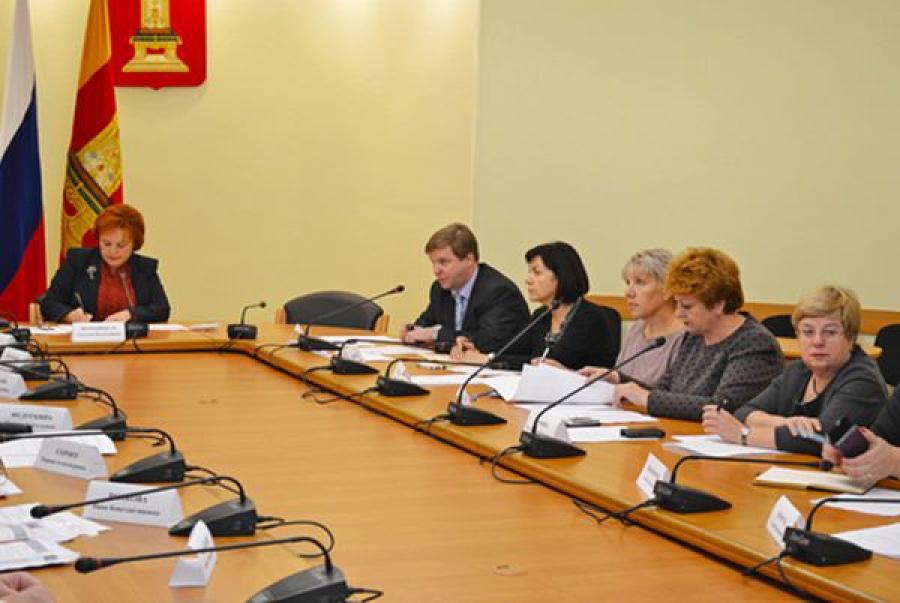 Все школьники Тверской области к 2018 году должны учиться в одну смену