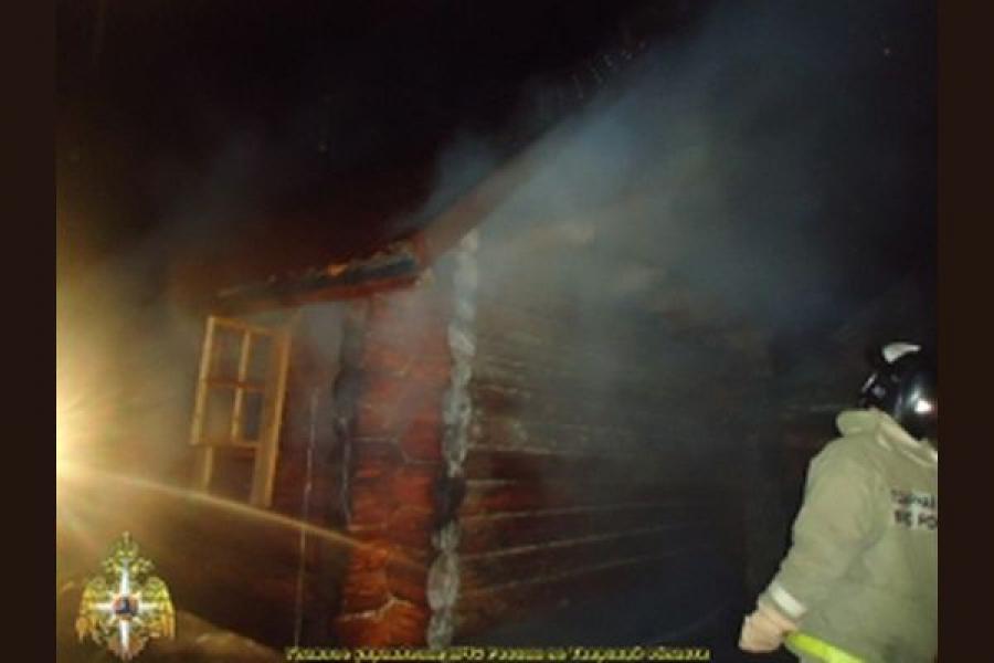В Бежецком районе горел жилой дом