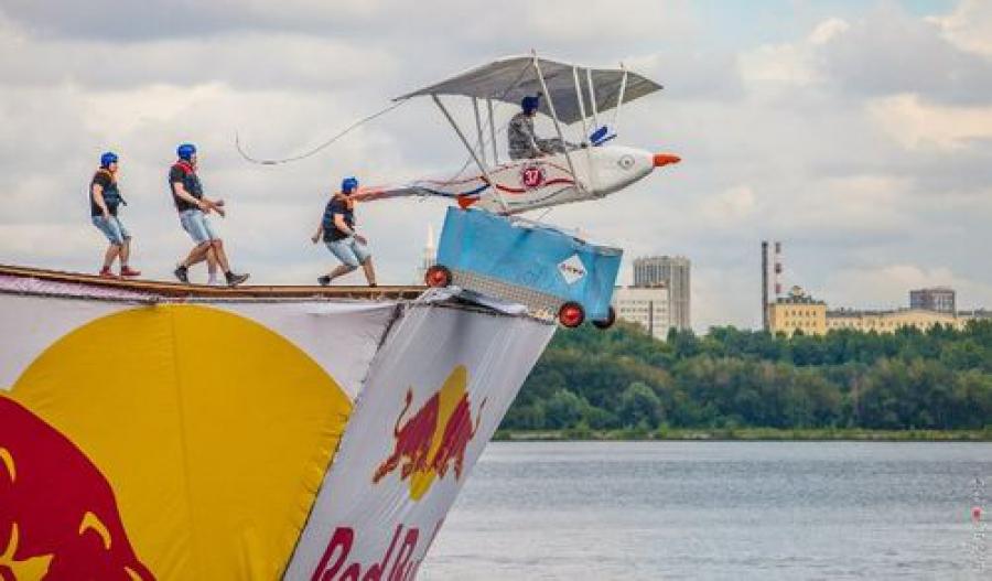 На фестивале самодельных летательных аппаратов выступила команда из Твери