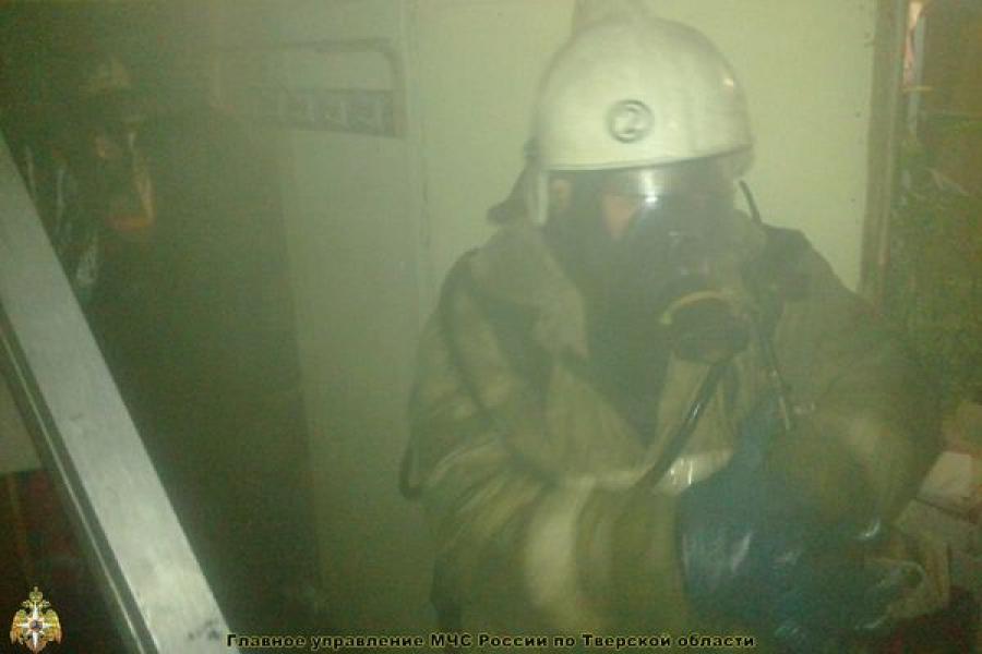 В квартире в Конаковском районе произошел пожар: один человек погиб