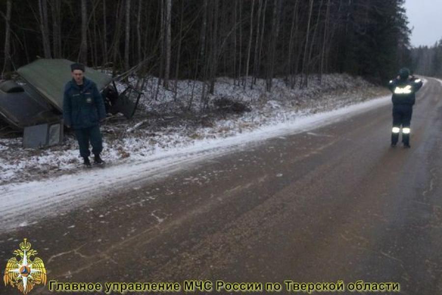 В Селижаровском районе УАЗ съехал в кювет