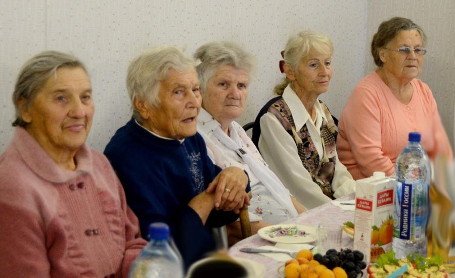 Спикер регионального парламента встретился в Кимрах с ветеранами педагогического труда
