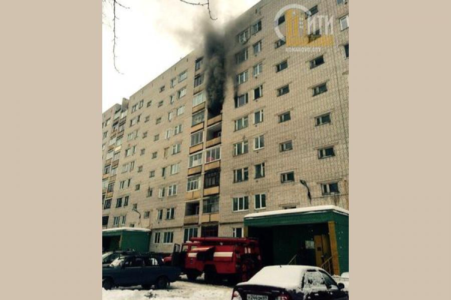 В Конаково из-за короткого замыкания произошел пожар в квартире
