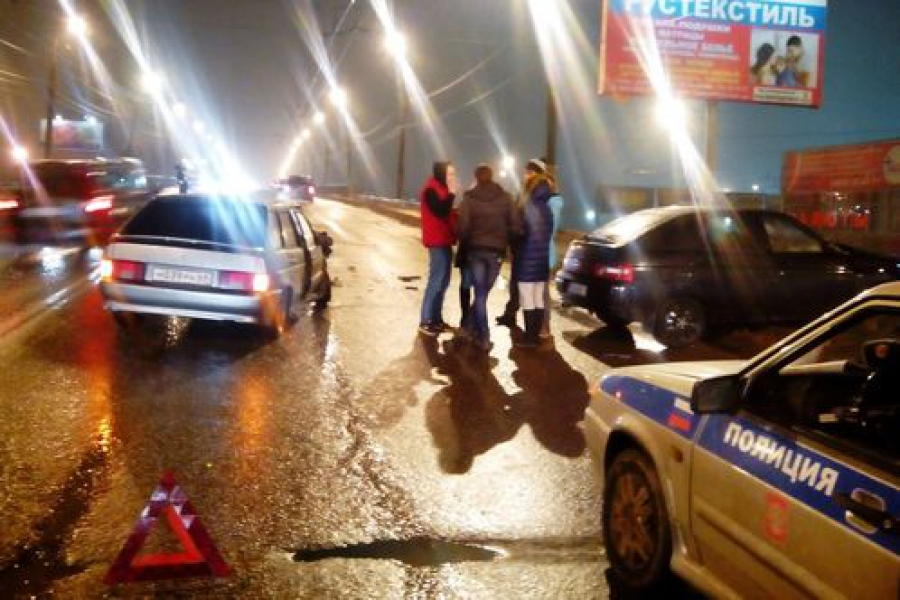 Водитель-лихач устроил ДТП на Южном путепроводе в Твери