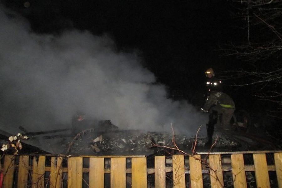 В Весьегонском районе сгорел сарай