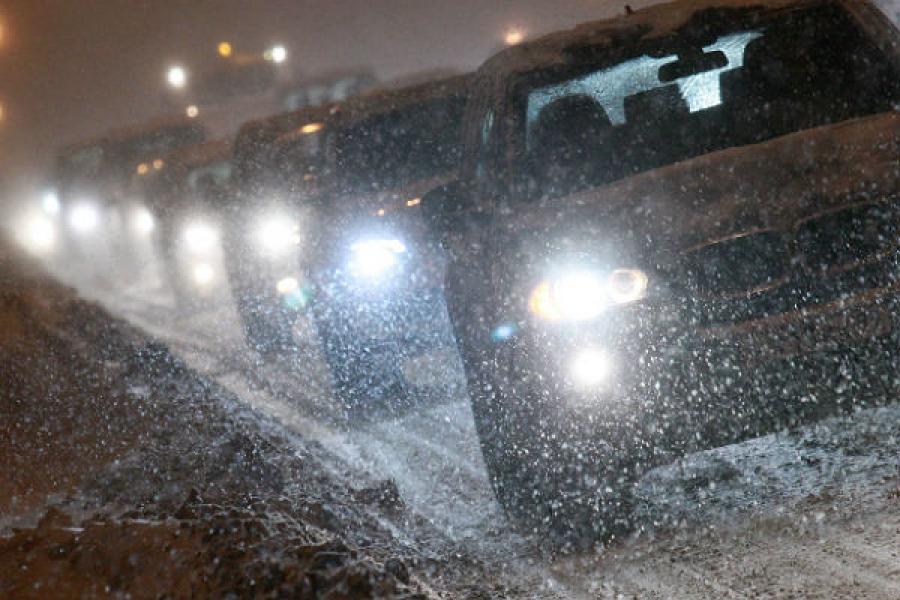 МЧС просит водителей быть осторожнее на дороге