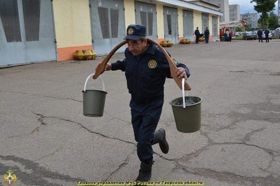 Лучшие добровольные пожарные — в Спировском районе