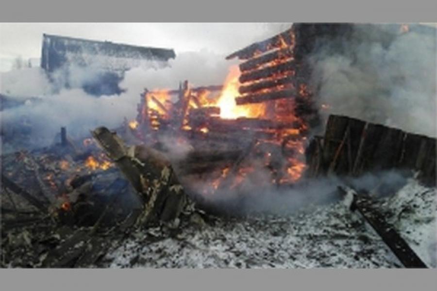 В Торжокском районе сгорел жилой дом