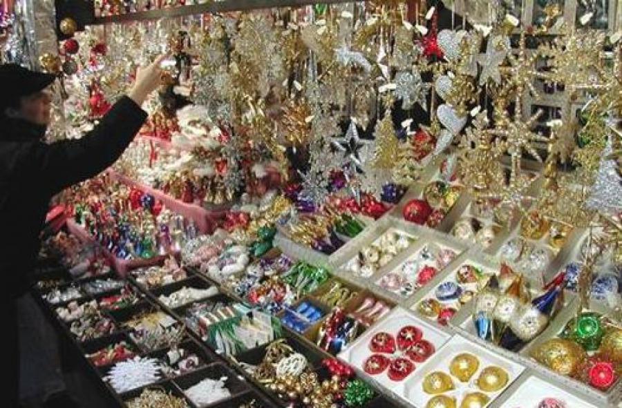 В Твери организуют ярмарки новогодних товаров на 9 площадках