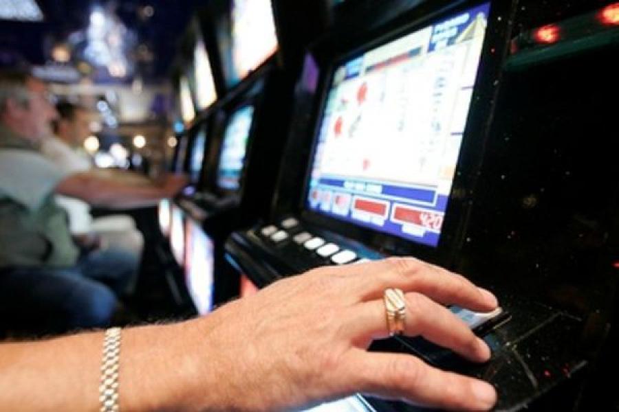 В Ржеве игорный клуб скрывался под вывеской Интернет-кафе