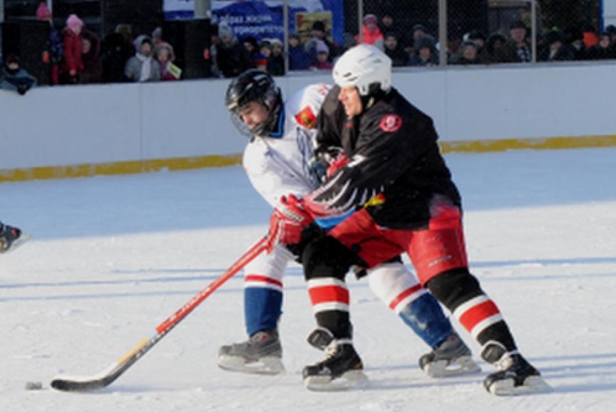 Хоккейный корт от Федерации хоккея России открылся в Вышневолоцком районе
