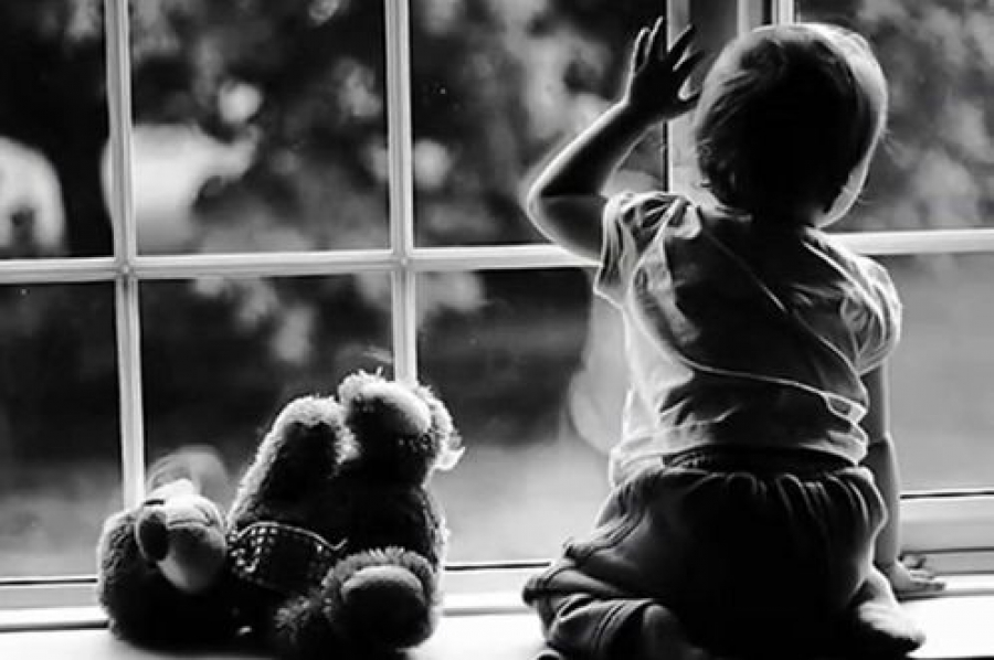 Прокуратура указывает на проблемы в сфере защиты прав детей-сирот