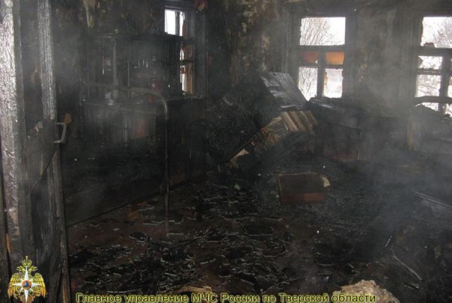 В Тверской области горел жилой дом