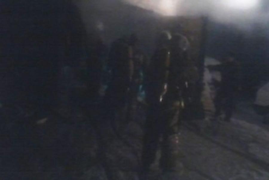 Из-за оставленной без присмотра печки в Нелидове загорелся гараж с машиной