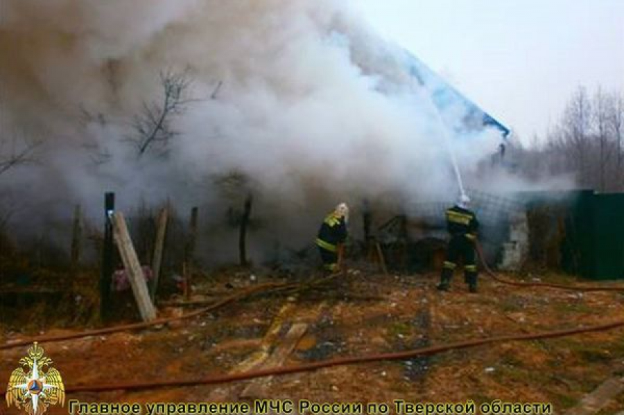 В двух районах Тверской области горели жилые дома