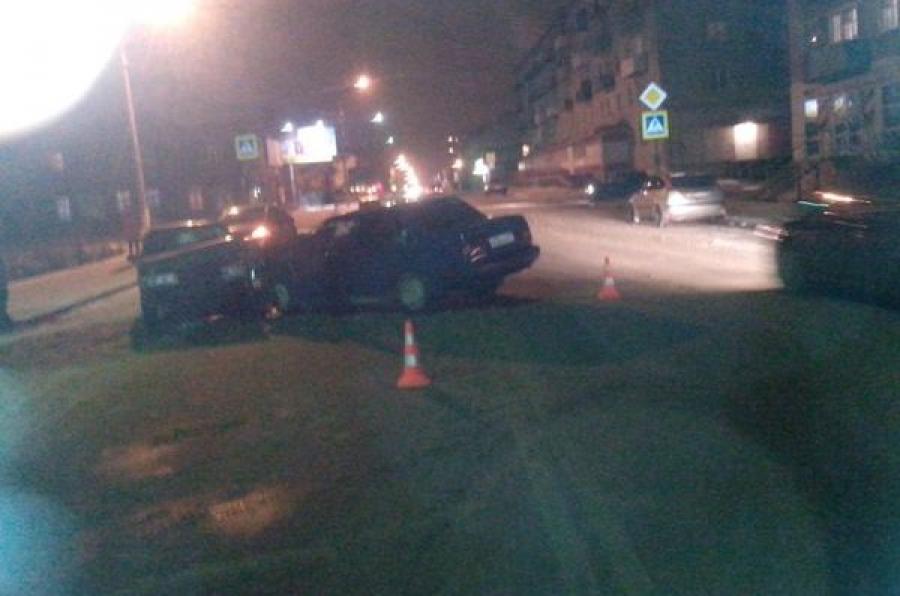 В Вышнем Волочке в ДТП пострадали две девушки