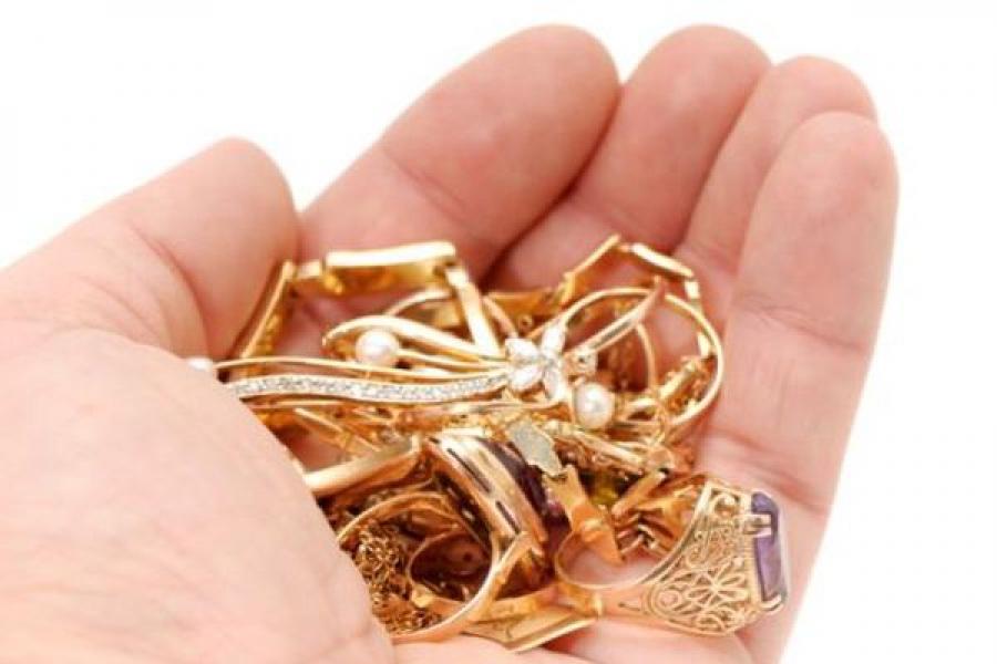 В Редкино мужчина задержан за кражу золотых украшений у собственной матери