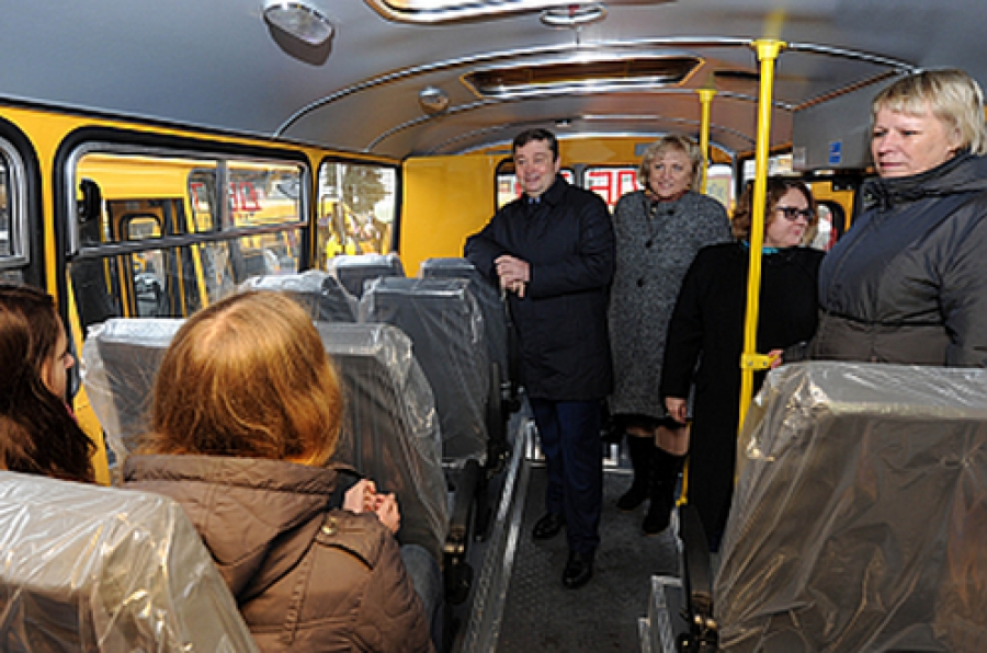 Образовательные учреждения получили новые школьные автобусы