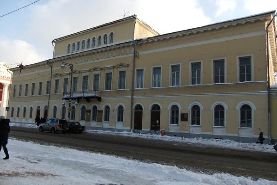 Депутаты ТГД взяли на контроль вопрос о реставрации Дома офицеров