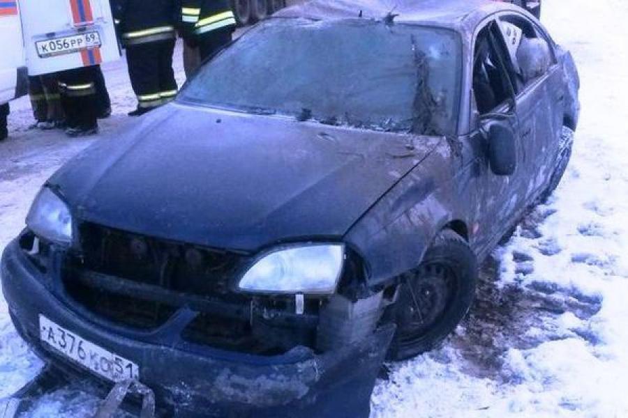 Пассажирка автомобиля, упавшего в воду, погибла от удушья и переохлаждения
