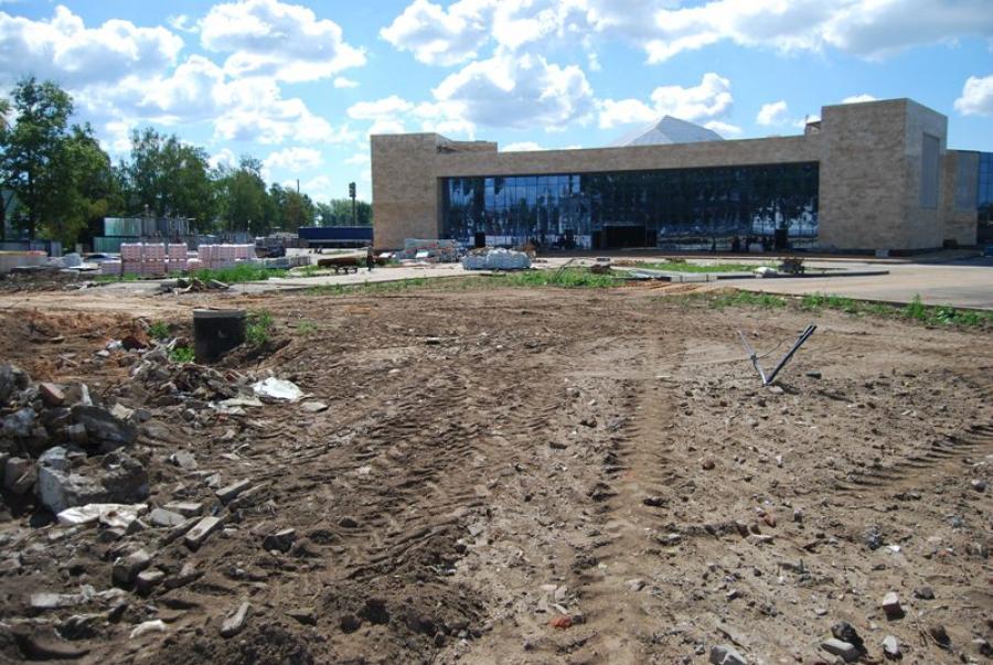 Площадь Гагарина в Твери лишилась Доски почета