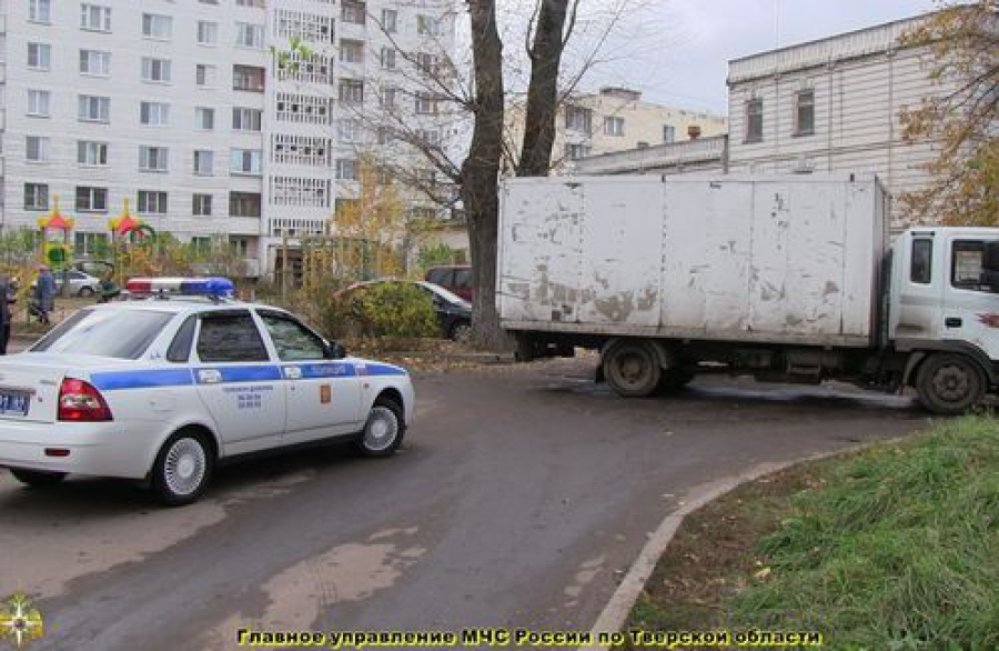 В Твери пешехода сбил грузовик