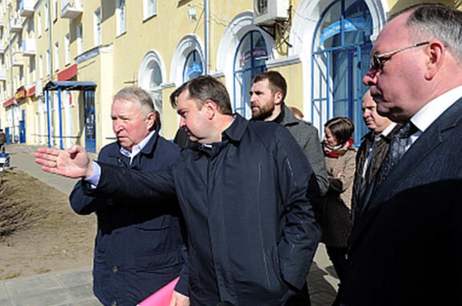 Губернатор осмотрел улицы Твери