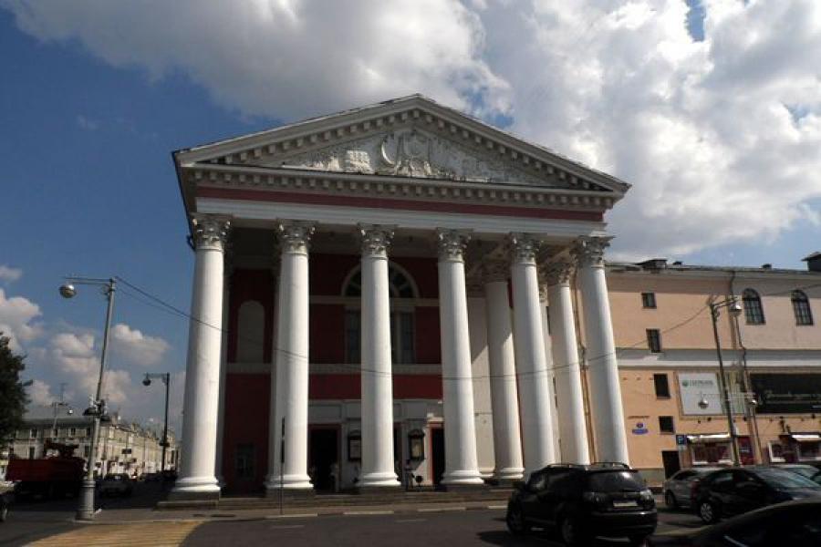 Тверской драмтеатр открывает сезон на большой сцене