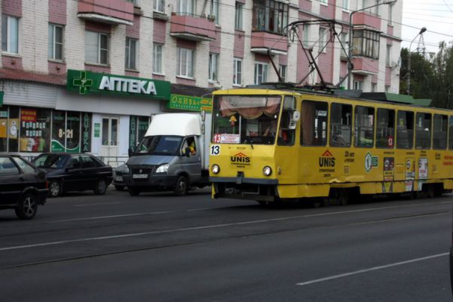 На проспекте Ленина в Твери остановлено движение трамваев