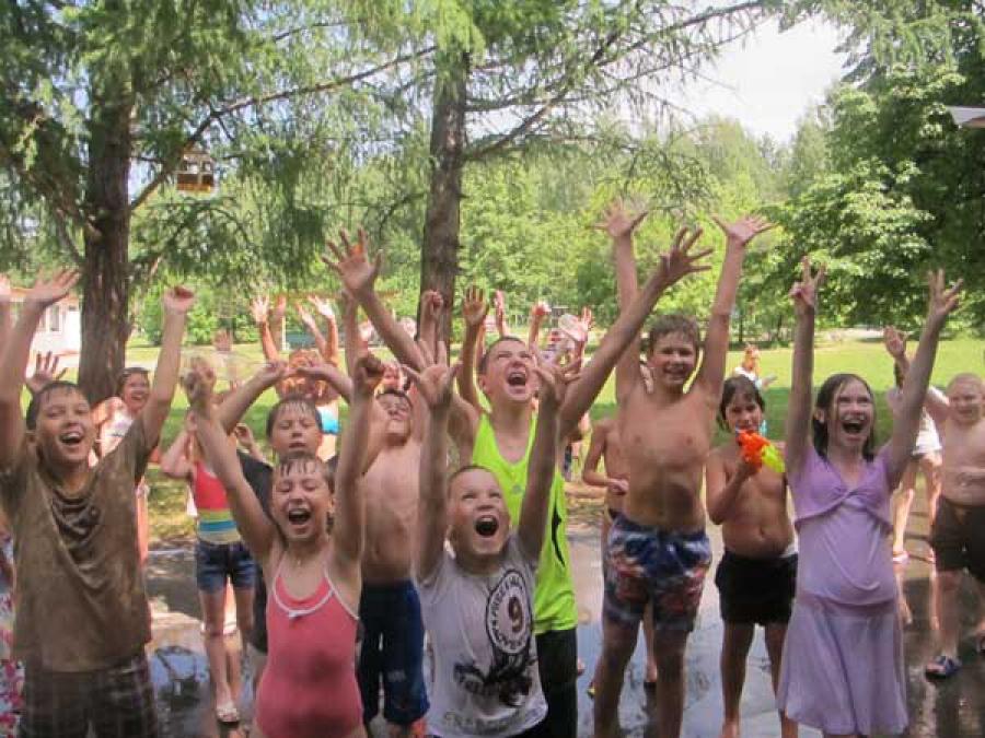 Глава Верхневолжья проверил детские лагеря отдыха