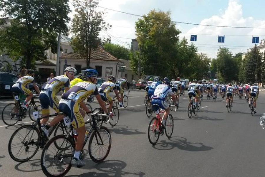 В Твери стартовала велогонка за кубком Виктора Капитонова