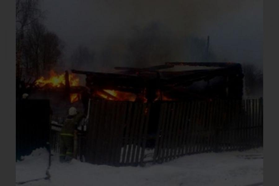 В новогоднюю ночь сгорели жилой дом и дача