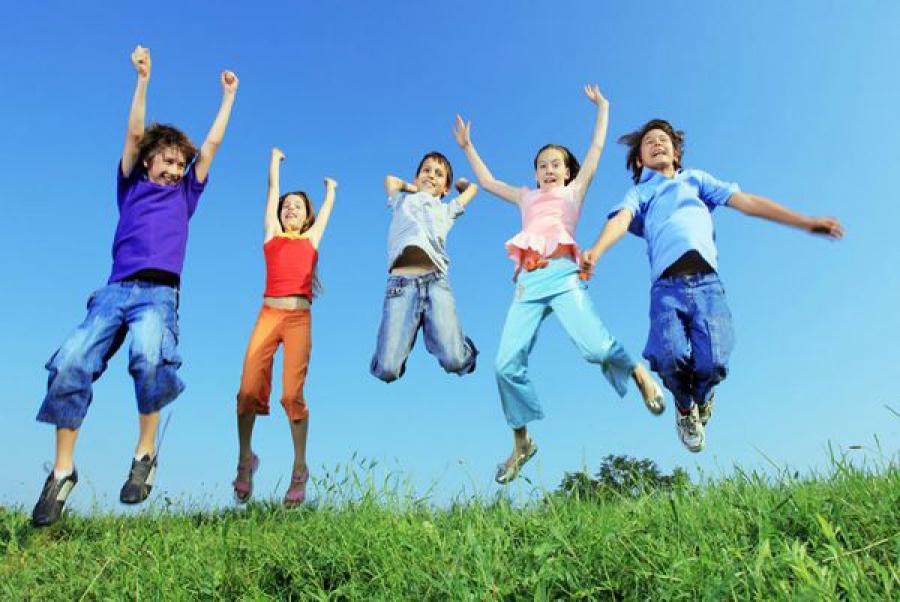 В этом году в регионе отдых в каникулы был организован для 76 тысяч детей