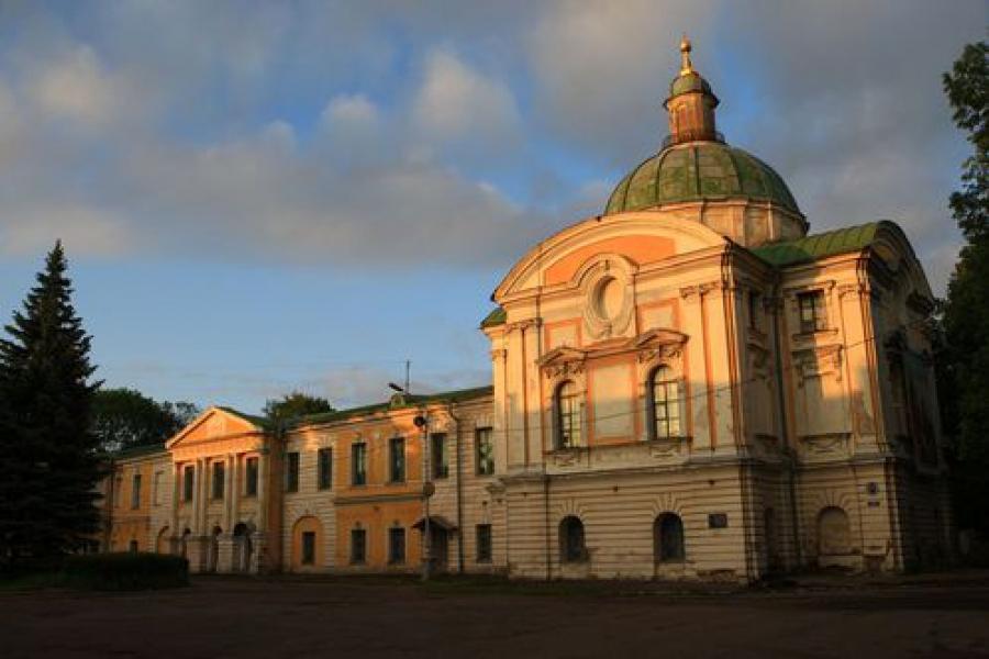 Судьбу дворцового сада, входящего в ансамбль Путевого Дворца, вынесут на публичные слушания