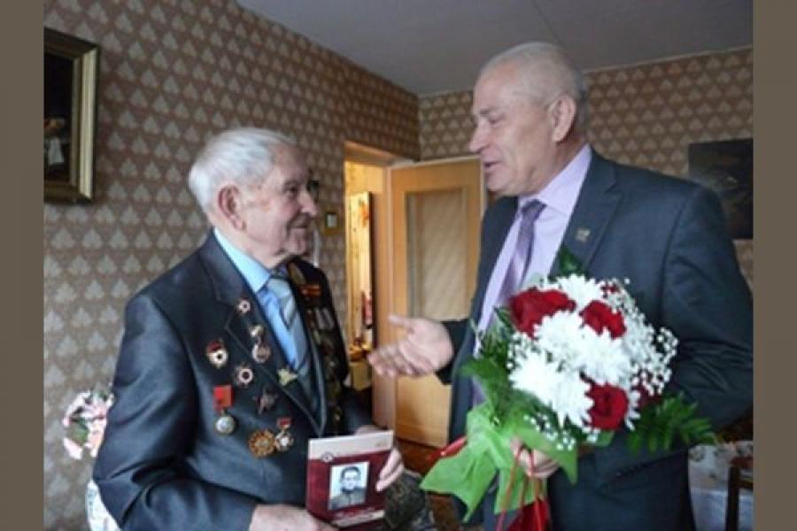 Глава Твери поздравил ветерана Великой Отечественной войны с юбилеем