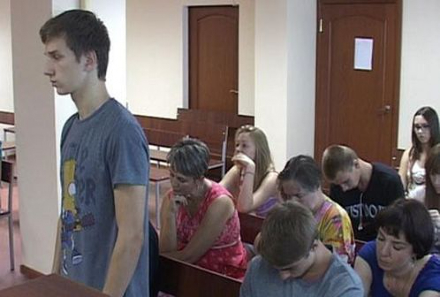 Защита осужденных за осквернение мемориала в Ржеве обжаловала приговор