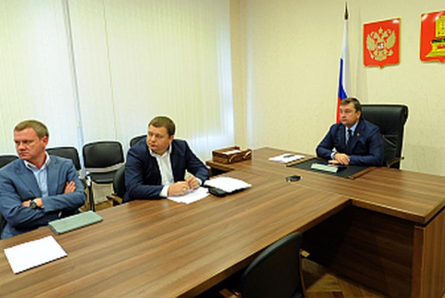 Переселение граждан из аварийного жилья обсудили на всероссийском совещании